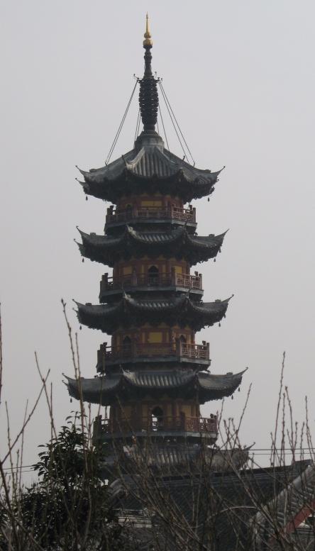 shanghais_longhua_temple_pagoda.jpg